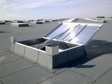 Wyłaz dachowy szklany 3