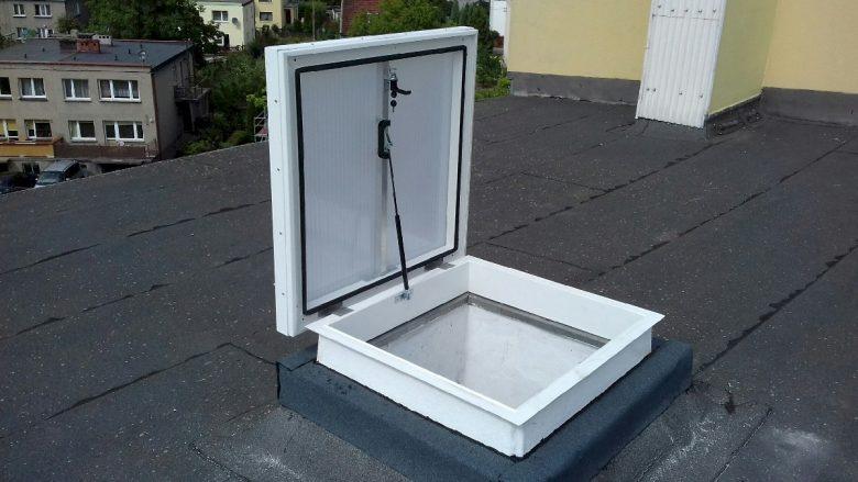 Wyłaz dachowy szklany 4